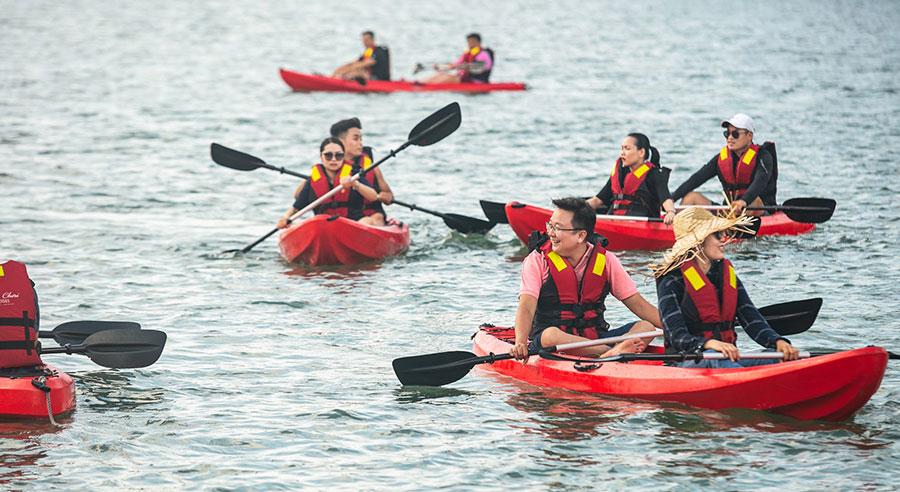 Chèo thuyền kayak Du thuyền Mon Chéri